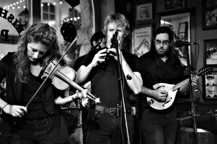 Lead players Bronwyn (fiddle), Steve (tin whistle) & Cody (mandolin) / Irish Times Pub, January 16th 2019