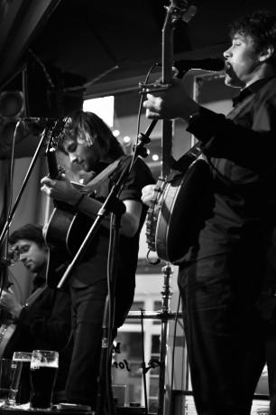 Dexter (Irish tenor banjo), Jon (guitar) & Wolf (5 string banjo)